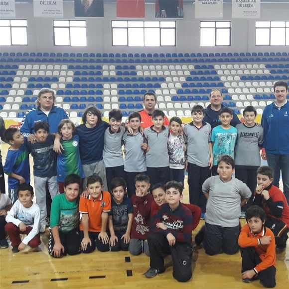Rize'de Hentbol Alt Yapı Geliştirme Projesi Başladı
