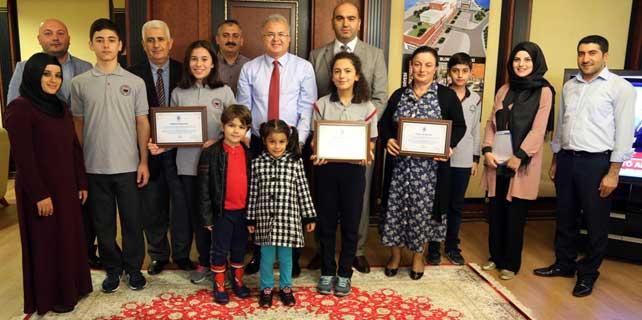 Atık pil şampiyonu okullar ödüllendirildi