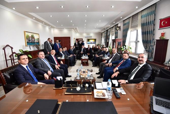 Adalet Bakanı Gül'den Rize Barosu'na Ziyaret