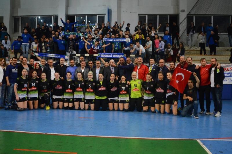 Ardeşen GSK, Avrupa'da Finale Göz Kırptı