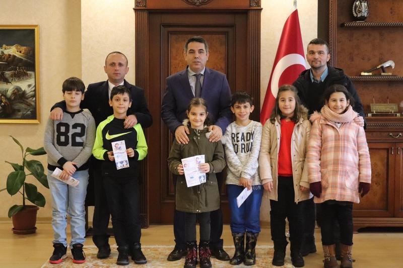 Çayeli 9 Mart İlkokulu sınıf öğretmeni Ali Yılmaz ve Giresun Yeşilgiresun İlkokulu Arasında İşbirliği