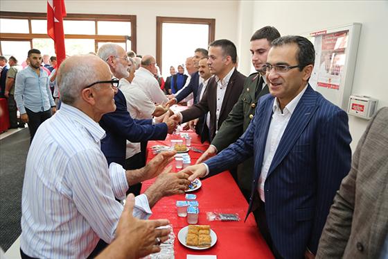 Çayeli'nde İlk Gün Bayramlaşma Töreni Yapıldı