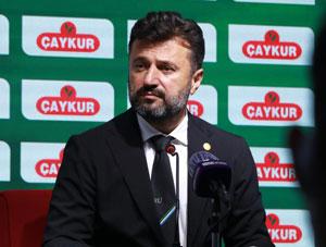 Çaykur Rizespor Bülent Uygun ile Yollarını Ayırdı