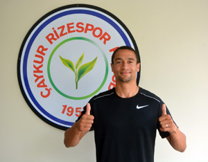 Çaykur Rizespor'da Nill De Pauw ile Yollar Ayrıldı