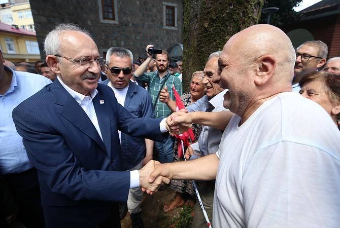 """CHP Genel Başkanı Kılıçdaroğlu Rize'de: """"Çay olmazsa Rize olmaz, fındık olmazsa Karadeniz olmaz"""""""
