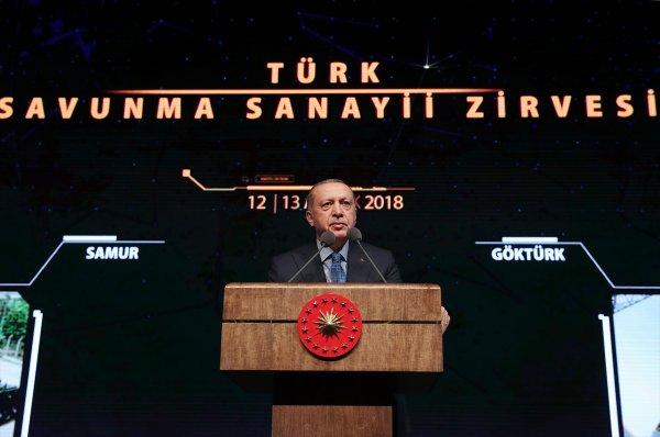Cumhurbaşkanı Erdoğan Türk Savunma Sanayii Zirvesi'nde