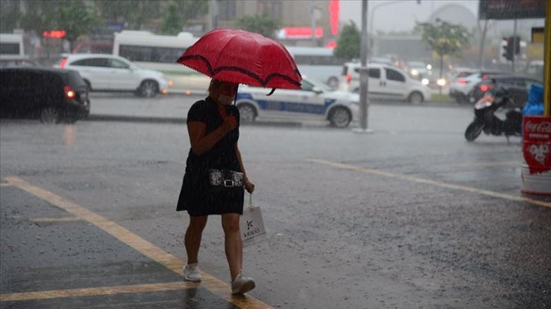 Doğu Karadeniz'de, sağanak ve kuvvetli yağış bekleniyor.