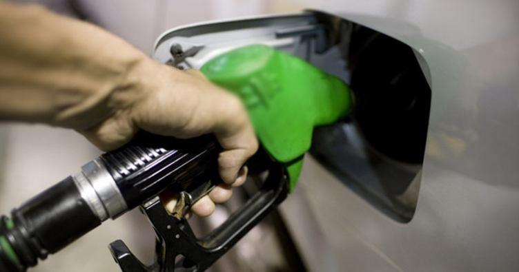Dolar düştü, benzine indirim geliyor
