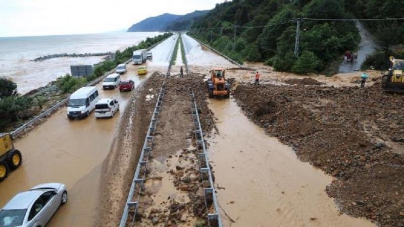 Meteoroloji'den Artvin ve Rize'ye sağanak uyarısı