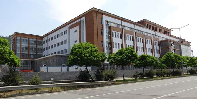Recep Tayyip Erdoğan Üniversitesi Diş Hekimliği Fakültesi, Pazartesi'den İtibaren Yeni Binasında Hizmet Verecek
