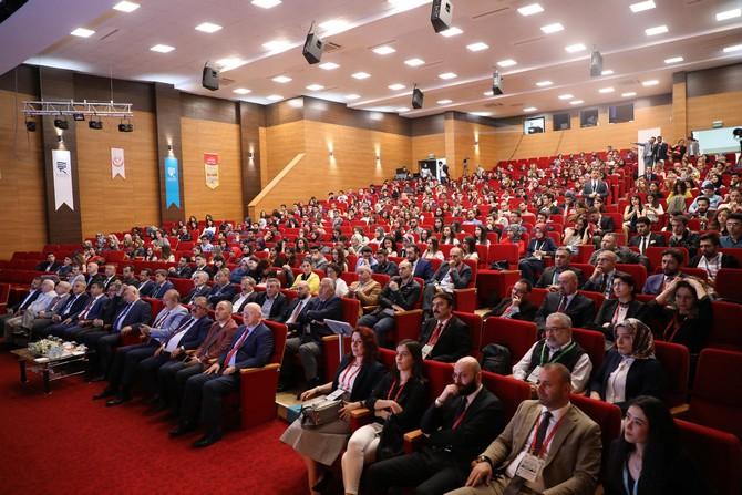 Rize'de 4. Ulusal Tıp Öğrenci Kongresi Başladı