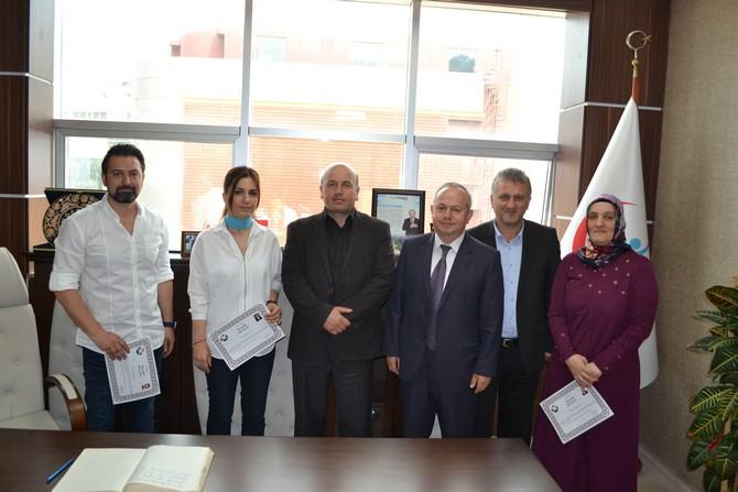 Rize'de Başarılı Sağlık Personellerine 'Başarı Belgesi' Verildi