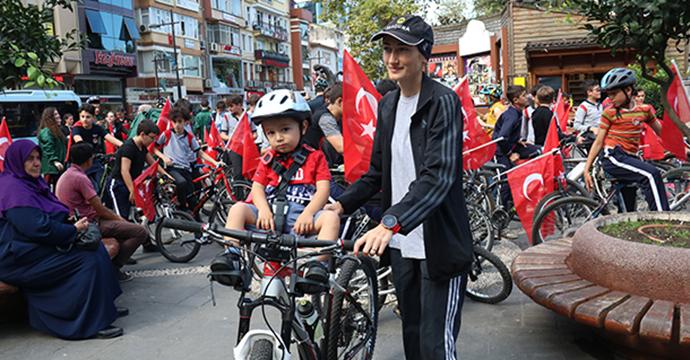 Rize'de  bisiklet turu düzenlendi