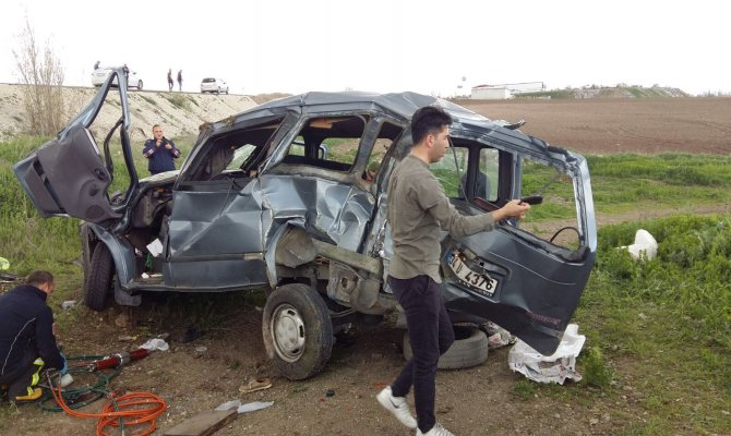 Rizeli Ailenin Aracı Takla Attı 1 Ölü, 3 Yaralı