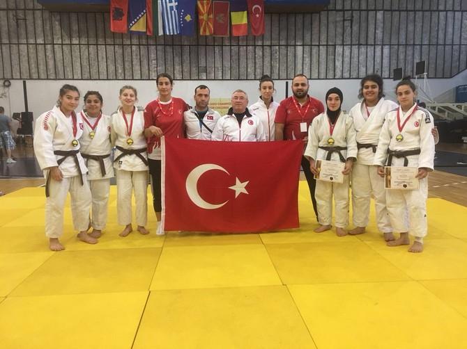 Rizeli Judocular ve Milli Takım Balkanları Fethetti