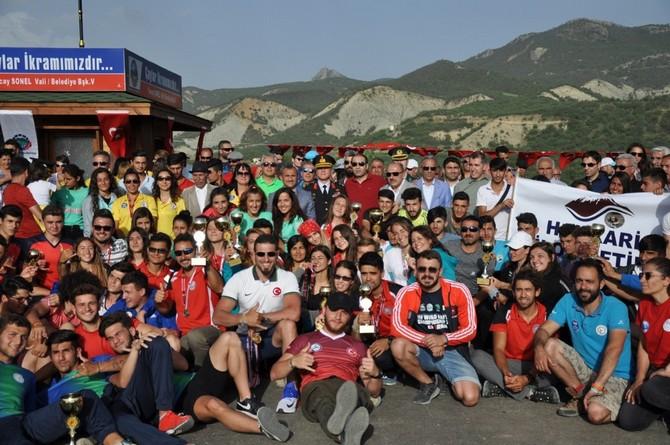Rizeli Raftingçiler Tunceli'de 3'ü Birincilik 5 Kupa Kaldırdı