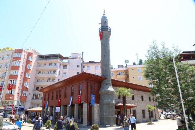 Tarihi Cami Yeniden İbadete Açıldı