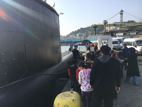 TCG Sakarya Denizaltısı Rize Limanına Geldi Ziyarete Açıldı