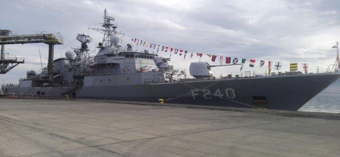 TCG YAVUZ F-240 Gemisi Rize'ye Geliyor
