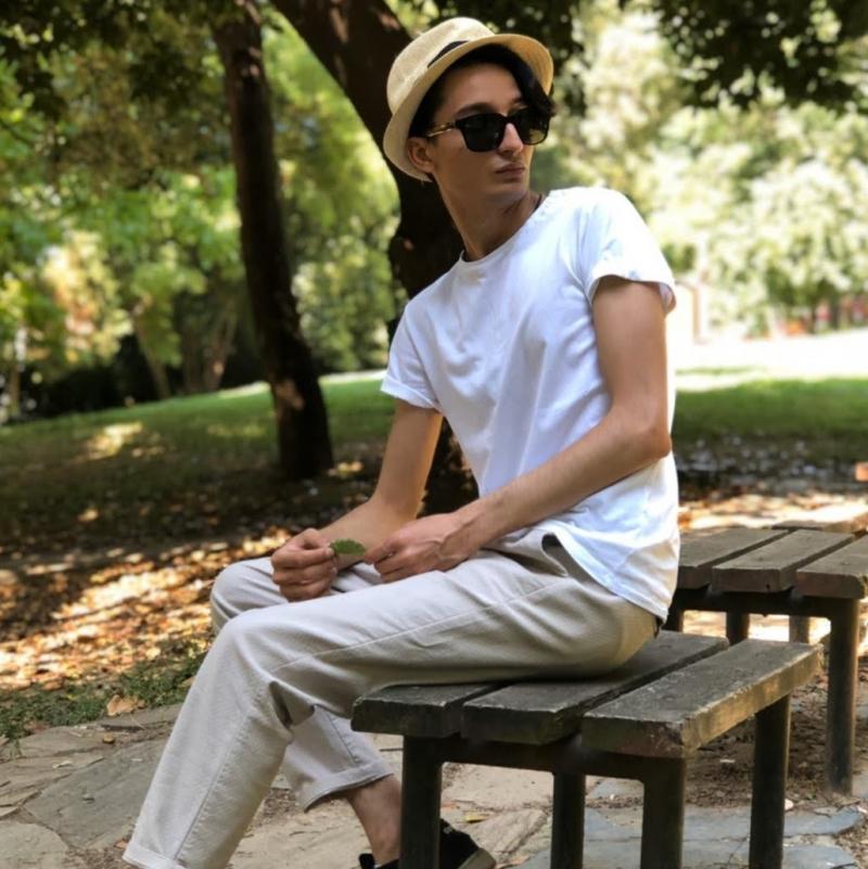 Keyifli bir Röportaj: Konuğumuz ünlü model Ayaz Özdemir