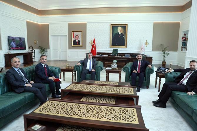 Vali Çeber Başkanlığındaki Rize Heyetinden Sağlık Bakanına Ziyaret