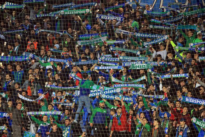 Yeşil Mavili Ekipte Seyirci Ortalaması Arttı