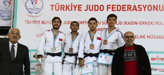 Judo Türkiye Şampiyonasından Rize'ye 3 Derece