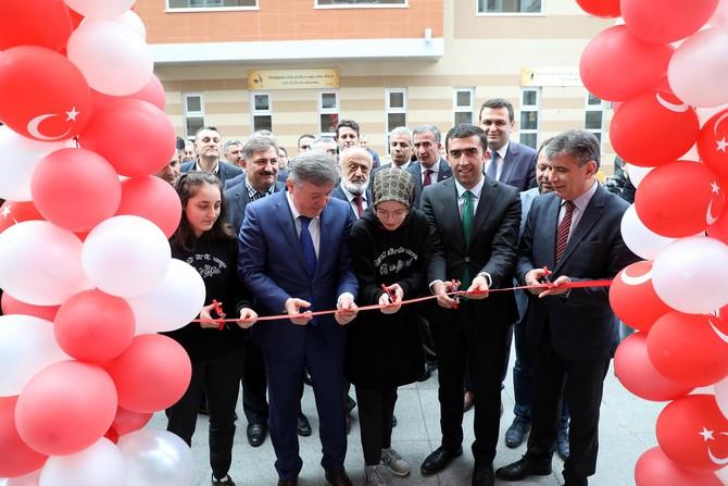 Rize'de Z-Kütüphane Açılışı Yapıldı