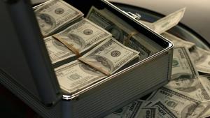 Dünyanın en zengini bir günde servetine servet kattı