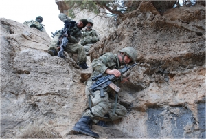 Pençe Harekatı'nda PKK'lıların inleri bombalandı