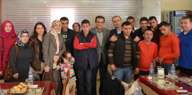 Başkan Esmen, engelli gençlerle beraber