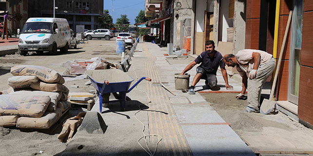 Rize Belediyesi yeniden yapıyor