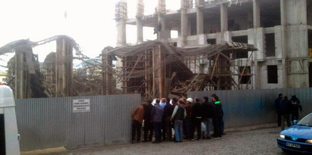 Rize'de inşaatta çökme: 6 işçi yaralandı