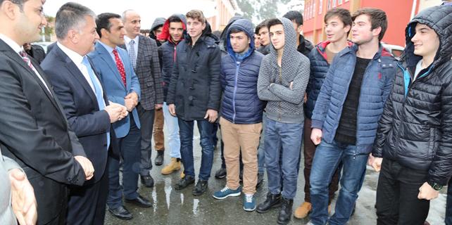 Çayeli'nde öğrenciler YGS için kampa girdi