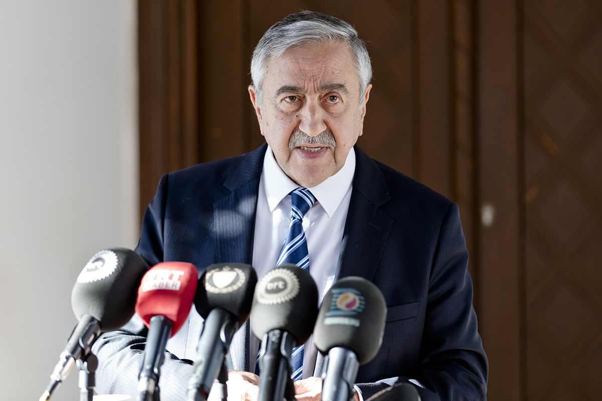 Kıbrıs müzakerelerinde liderler yeniden bir araya geldi