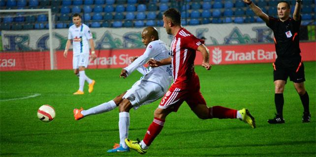 Çaykur Rizespor Kupa'da tur atladı