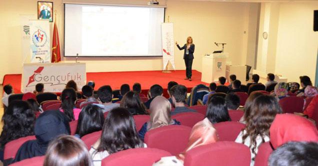 RTEÜ'nün yeni öğrencileri motive edildi