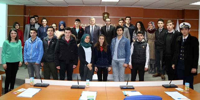 Gençler, Rize Belediyesi ile iş birliği içinde
