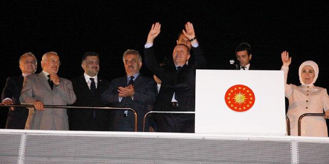 Cumhurbaşkanı Erdoğan'a Rize'de coşkulu karşılama