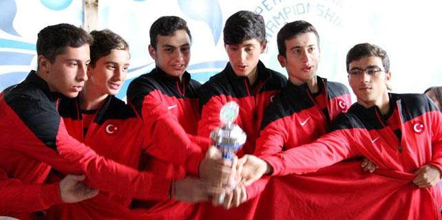 Rize Belediyesi rafting takımı Avrupa Şampiyonu oldu