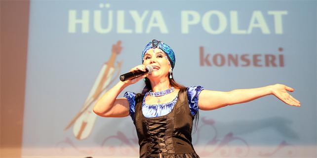 Hülya Polat, Öğretmenleri coşturdu