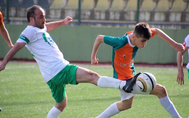 Filizçayspor - Çayeli Aşıklarspor maçı / Foto Galeri