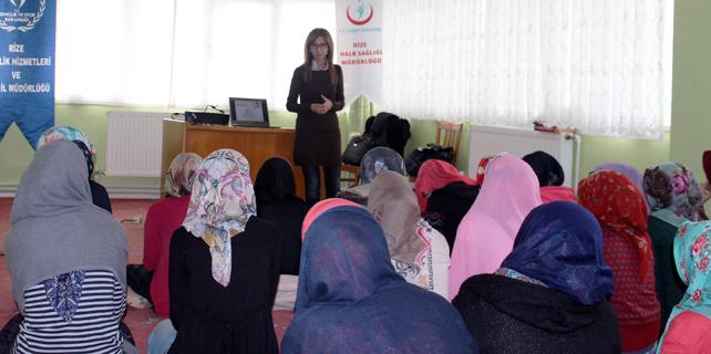 Rize'de Kuran Kursu öğrencilerine sağlık eğitimi