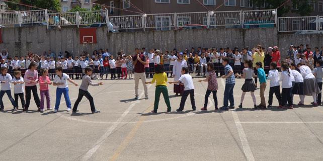 Rize'de Geleneksel Çocuk Oyunları Şenliği yapıldı