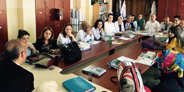 Başkan Gültekin okul ziyaretlerinde