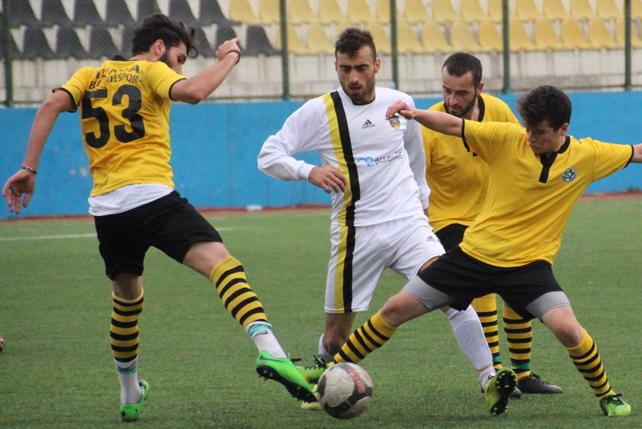 Derepazarıspor - Tunca Belediyespor maçı / Foto Galeri