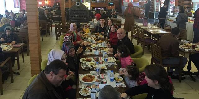 Çayeli'nde diyaliz hastaları için moral kahvaltısı