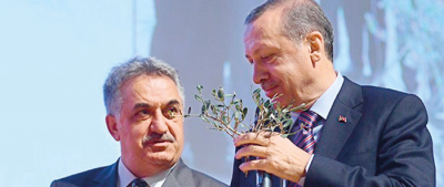AK Parti kurucularından Yazıcı 16 yıllık başarı öyküsünü anlattı: Ampul fikri benimdi