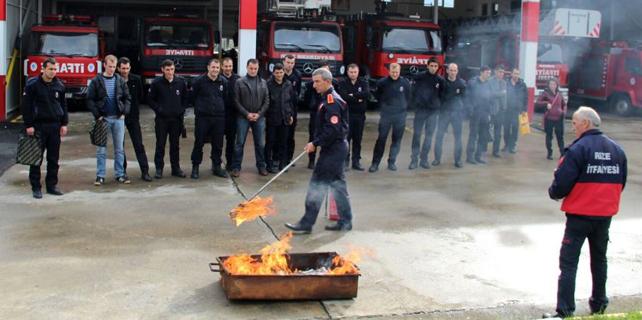 Rize İtfaiyesinden kurumlara yangın eğitimi