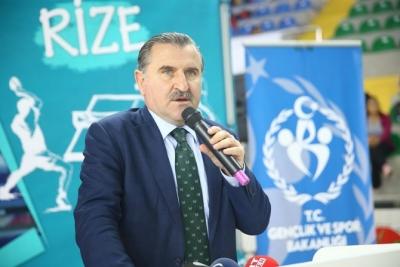Bakan Osman Aşkın Bak, Van Programını İptal Etti Cenazeye Rize'ye Geliyo